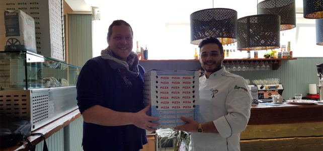 La Pizzeria Avalon dona 240 pizze alla Vivere Verde Onlus